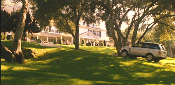 "Viola's Summer home in ""Monster-in-Law"" same as Independence Inn on ""Gilmore Girls"""