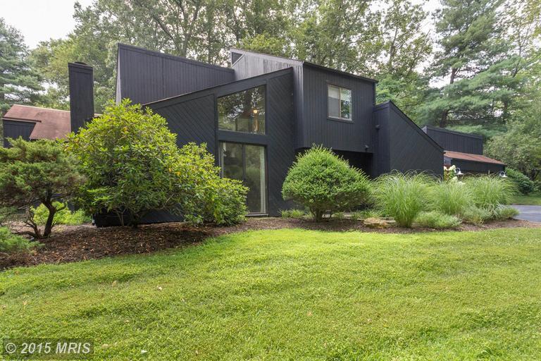How Designer Lauren Liess Updated A House From The '70s