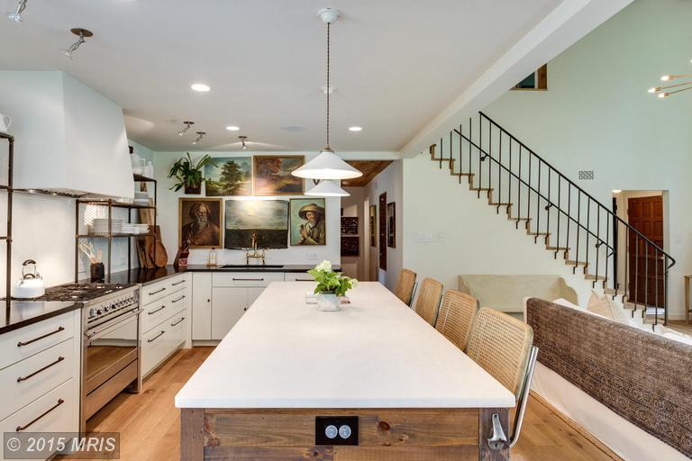 Designer Lauren Liess's house for sale in Virginia