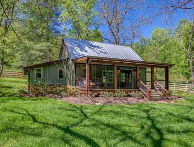 NEST: A Pretty Little Cabin Rental in Franklin, Tennessee