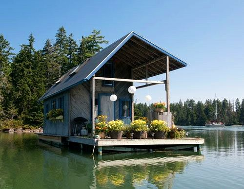 A tiny 240 square foot floating house in maine for Building a house in maine