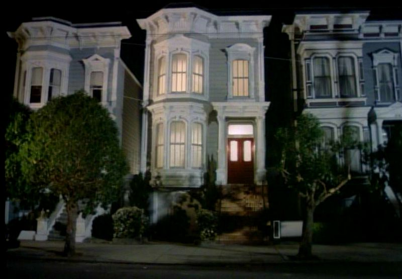 Full House Victorian at night