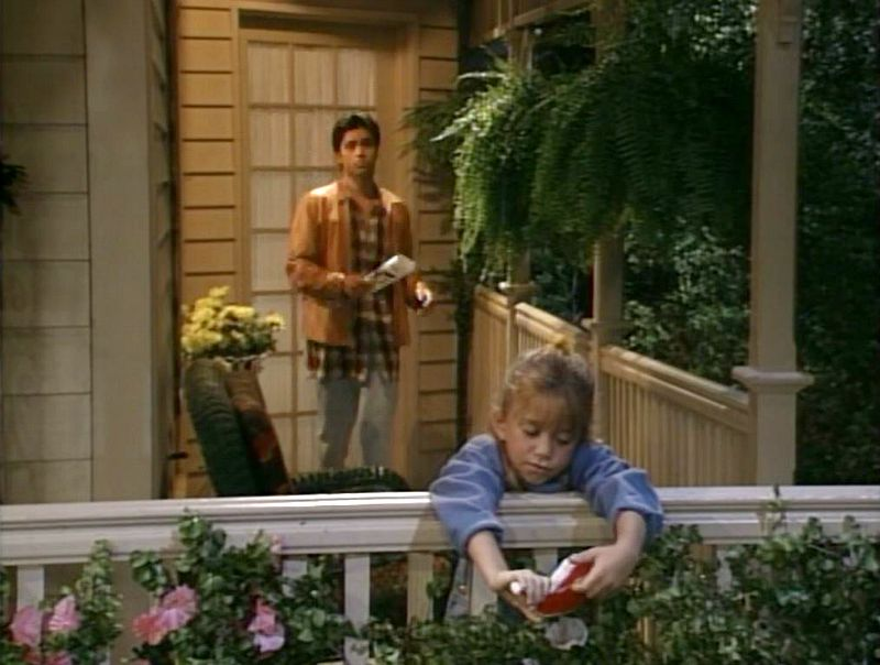 Jesse and Michelle on the back porch final season full house