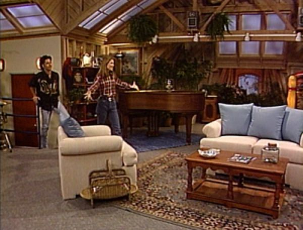 Jesse's attic on Full House
