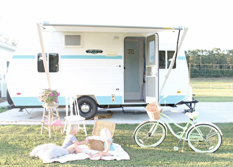 Pollyanna the vintage-style camper