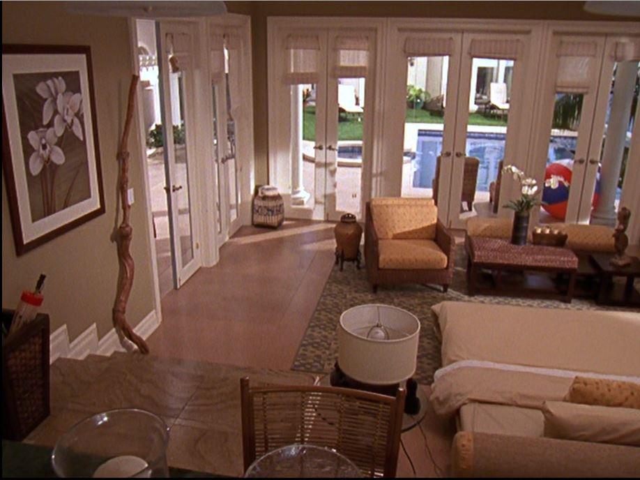 Ryan's poolhouse on The O.C. TV Show