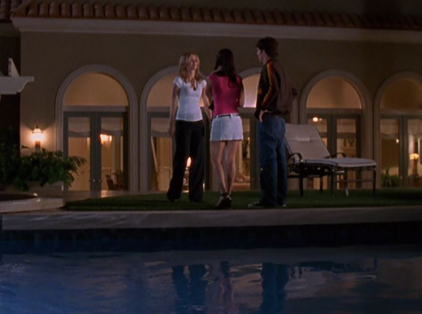 back exterior of the cohen family\'s home on The O.C. TV show
