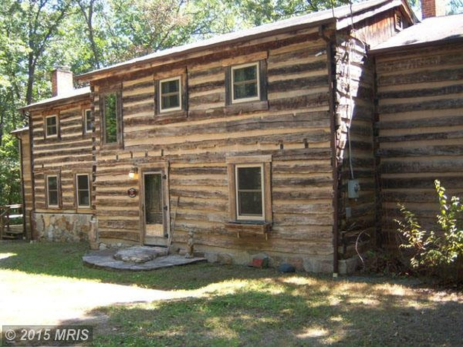 A civil war era log home for sale in west virginia for Primitive cabins for sale