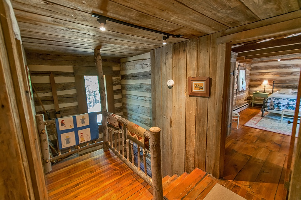 Civil War Era Cabin in West Virginia For Sale