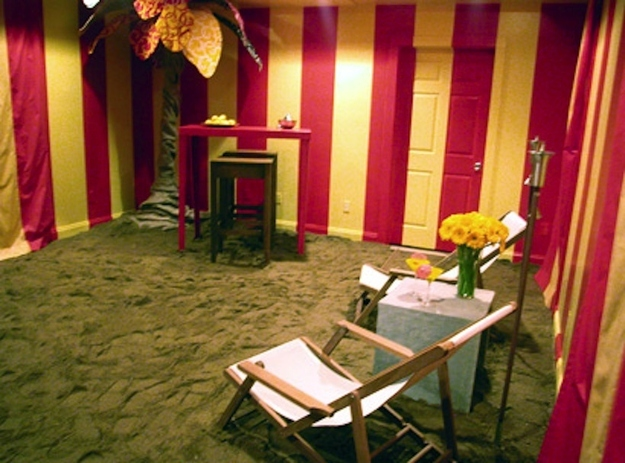 Hildi's beach tent room with sand Trading Spaces