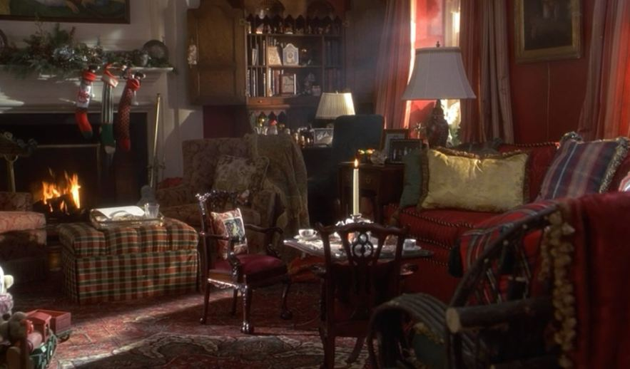 """Miracle on 34th Street"" living room"