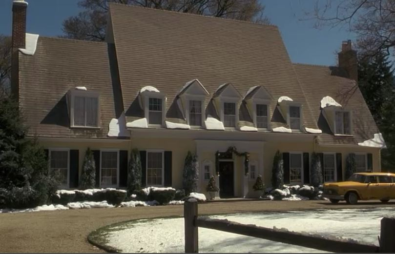 Yellow house from Miracle on 34th Street remake for sale