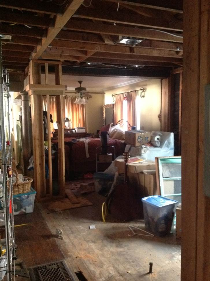 house during renovation process (1)