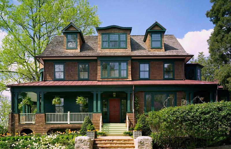 Designing a new shingle style house with classic old style for Classic architecture homes