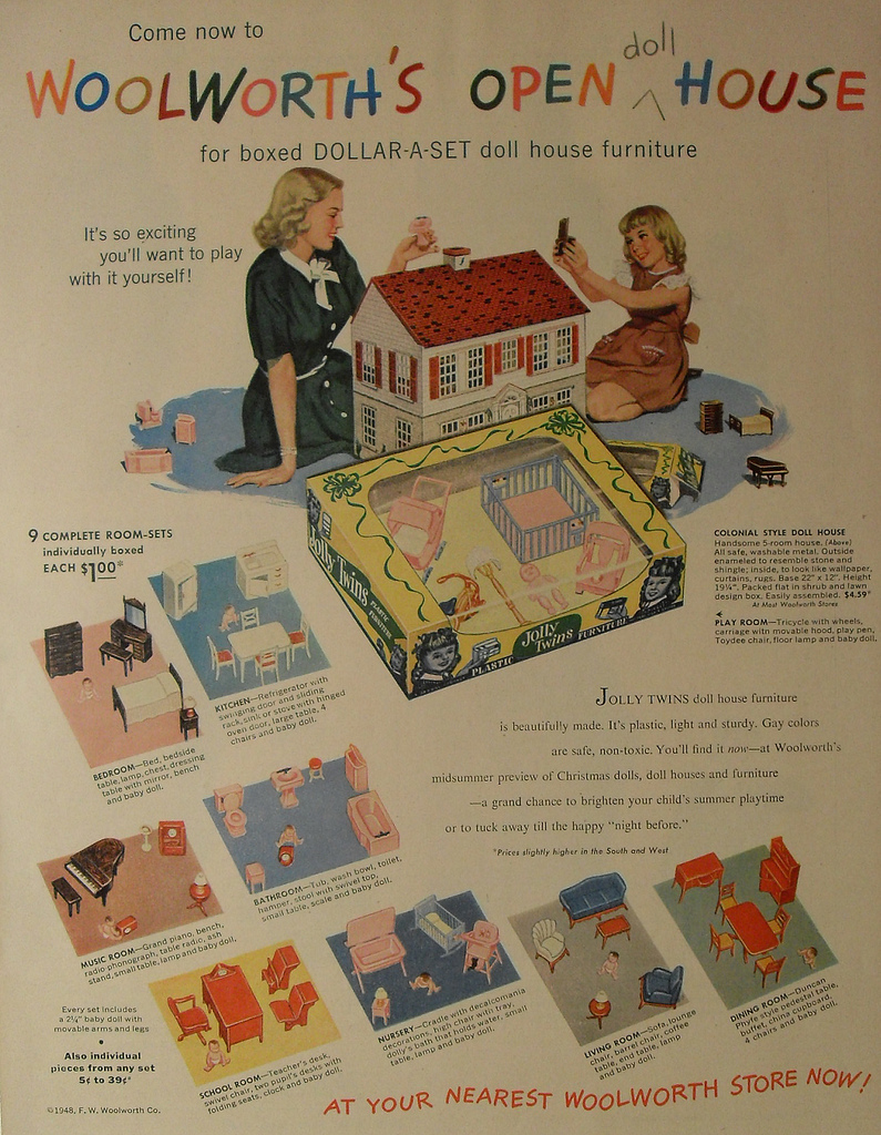 My Vintage Colonial Playsteel Dollhouse From The 1940s Hooked On Houses