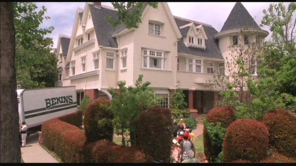 Cheaper-by-the-Dozen-movie-house moving in