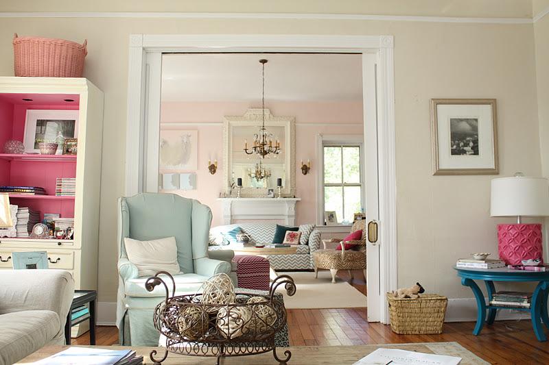 Lesli DeVito's Living Room