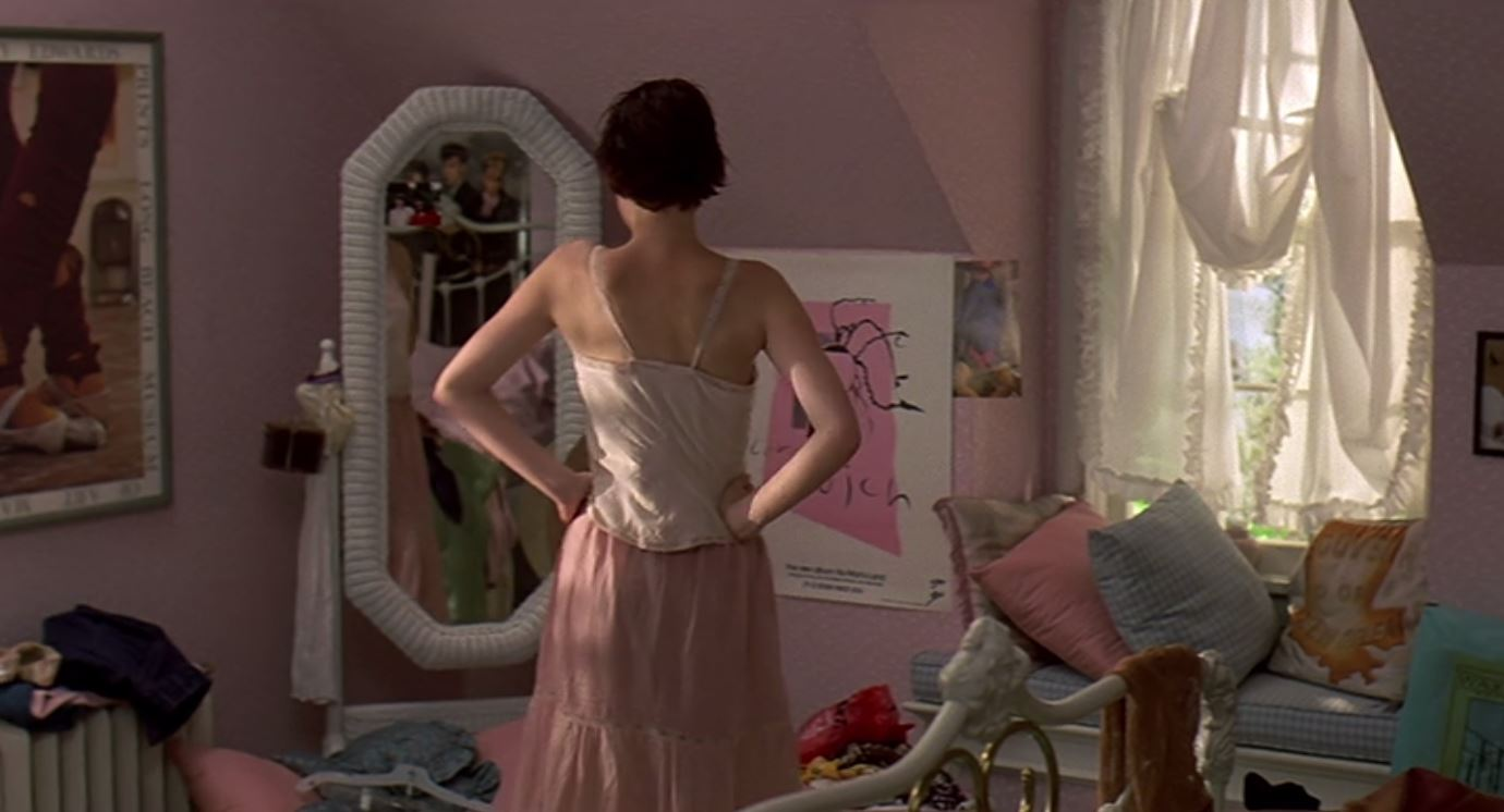 Molly Ringwald's Pink Bedroom Sixteen Candles