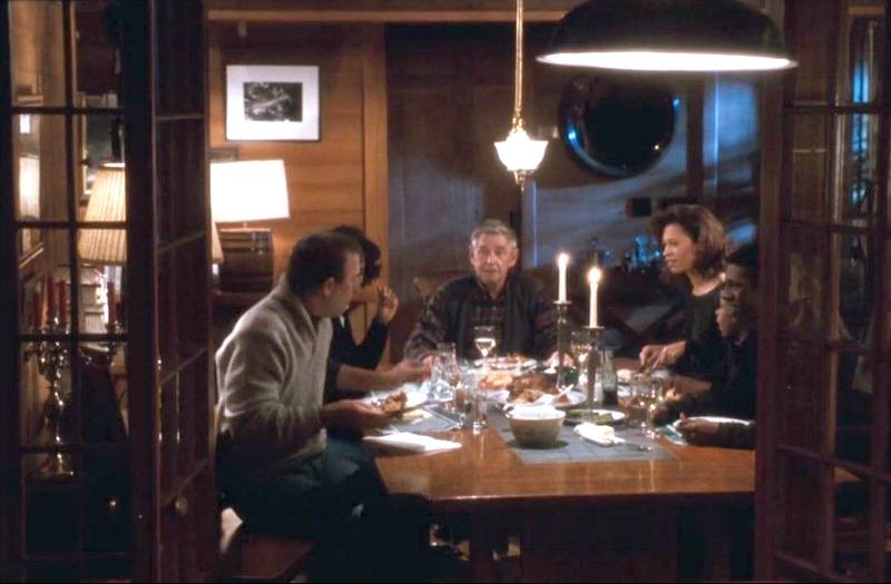 The Bodyguard Movie Frank Farmer Cabin Kitchen