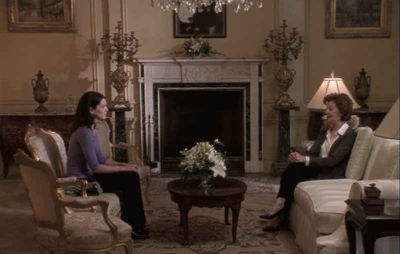 The Gilmore mansion living room in the pilot episode