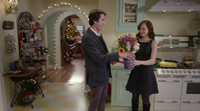Rory getting flowers from her boyfriend