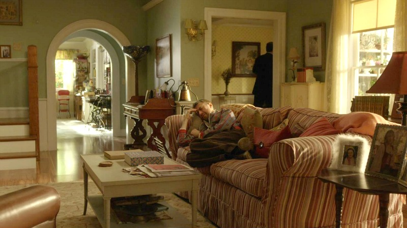 Lorelai's living room on Gilmore Girls