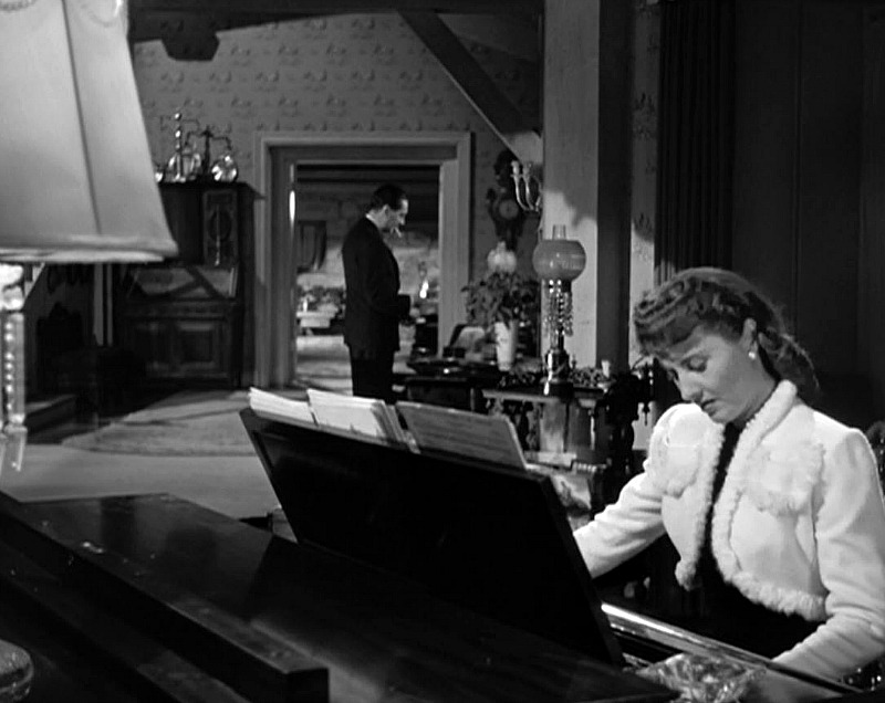 Elizabeth Lane at the piano