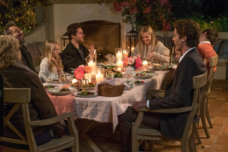 Reese Witherspoon Home Again Outdoor Dining