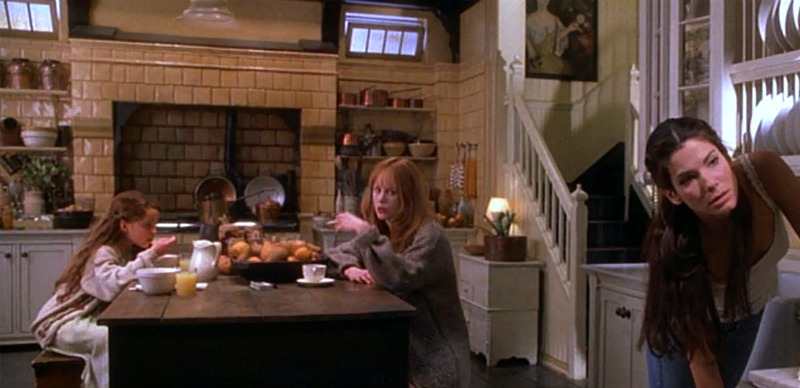 Owens kitchen in Practical Magic