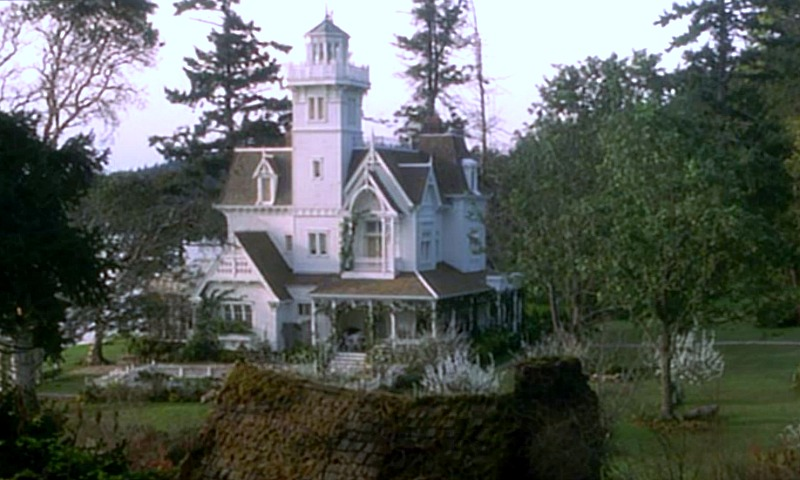 Victorian House in Practical Magic