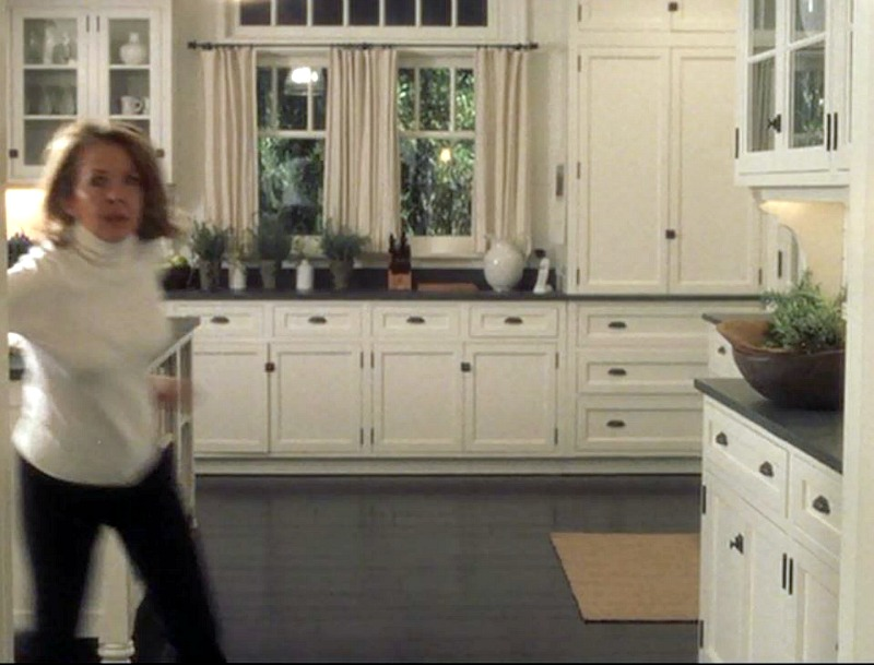 Something's Gotta Give movie beach house kitchen