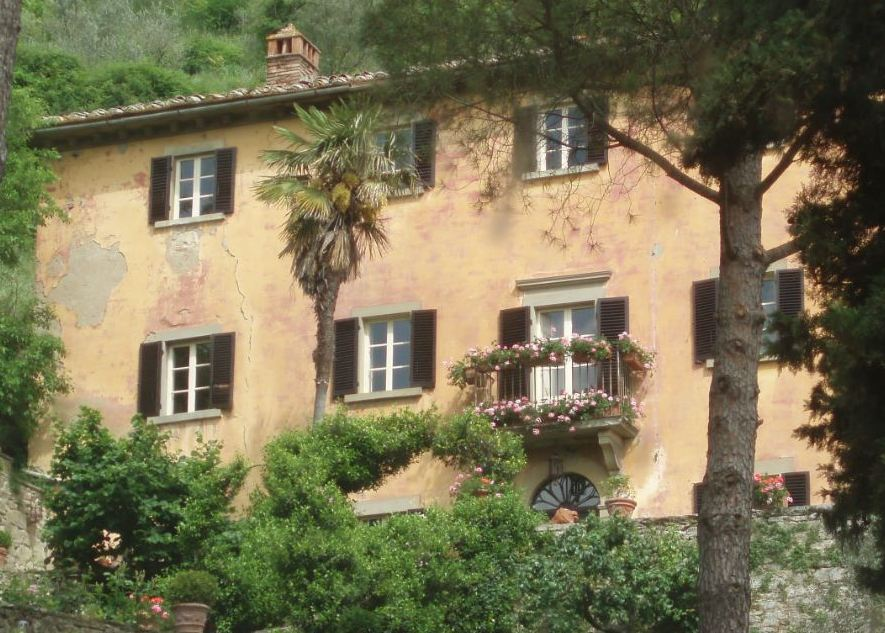 The real Bramasole villa in Tuscany
