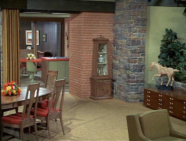 Brady Bunch House Dining Room