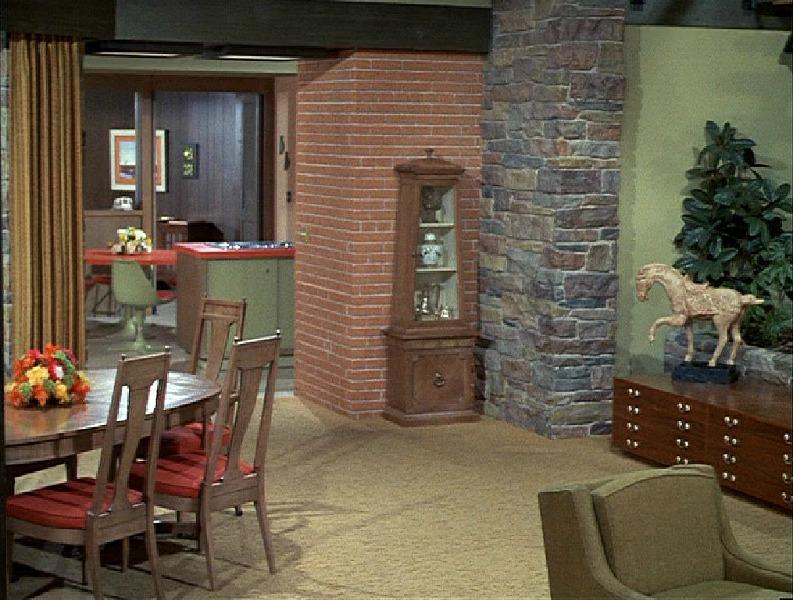 Brady Bunch House Dining Room