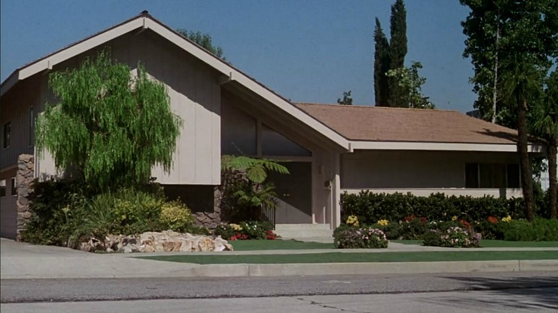 The Brady Bunch Movie house exterior facade