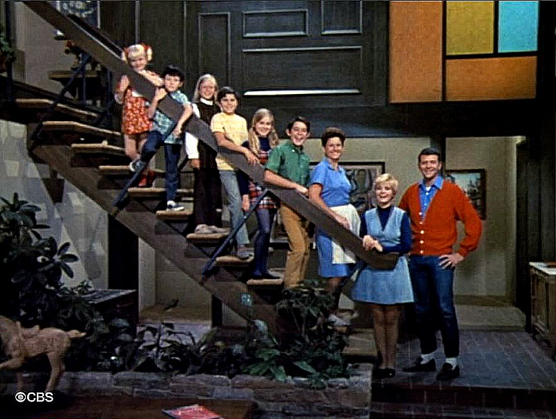The Brady Bunch family on the staircase SSN2