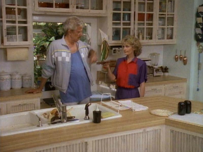 Brady Bunch kitchen makeover 1980s