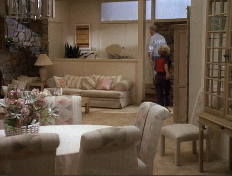Very Brady Christmas 1988 living room makeover