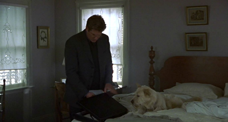 Richard Gere in Unfaithful house bedroom
