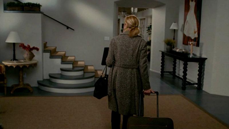 The Holiday movie Amanda's house - entry hall