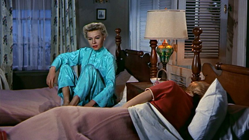 Vera-Ellen Rosemary Clooney White Christmas Guest Cabin