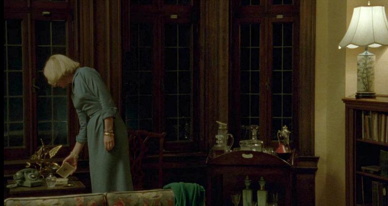Cate Blanchett in Carol movie house
