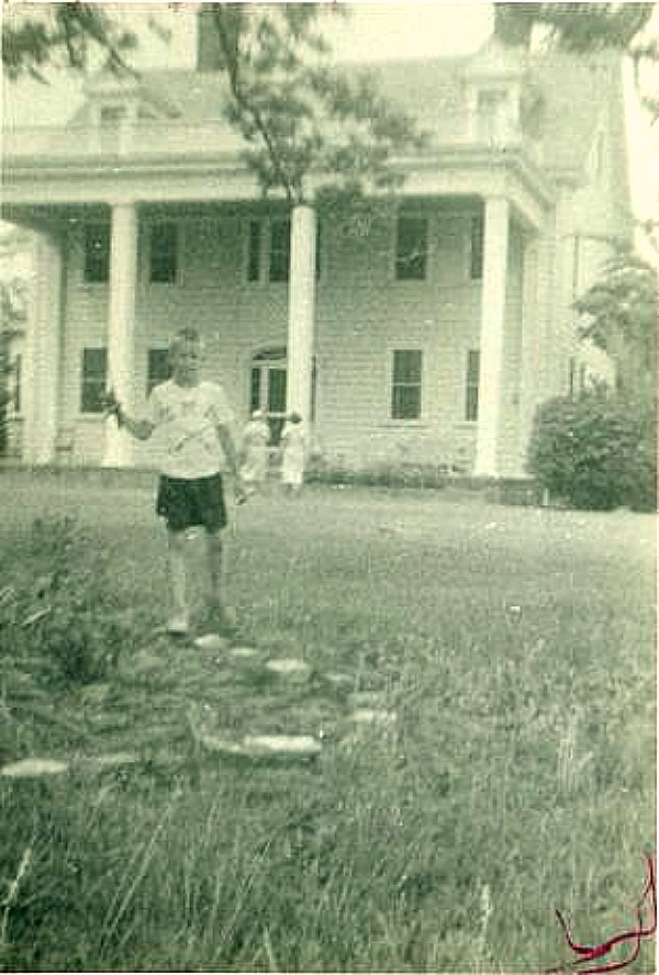 The Notebook-Noah's house in 1950s