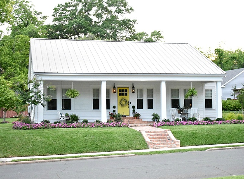 Sara's Simply Southern Cottage White House with Yellow Door