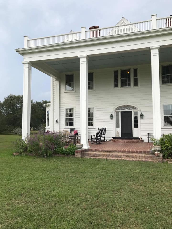 The Notebook plantation house today on Wadmalaw Island