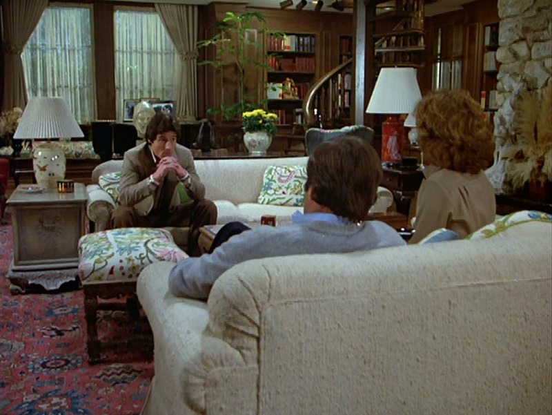 Celebrity Dining: Hart to Hart House Living Room