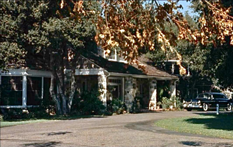 Celebrity Dining: Imitation of Life movie house same as Hart to Hart