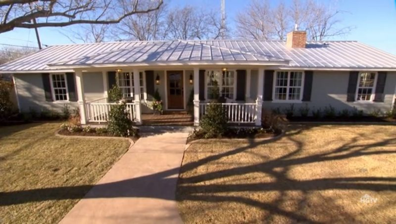 carriage house exterior reveal fixer upper