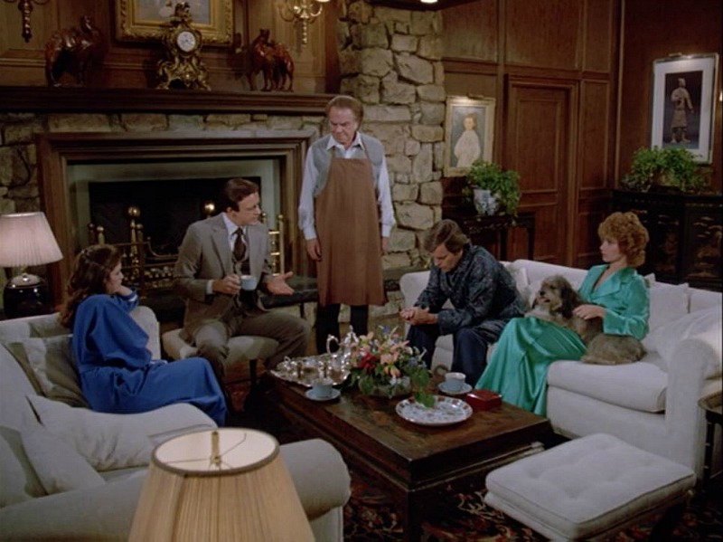 Celebrity Dining: Hart to Hart Jonathan and Jennifer's living room