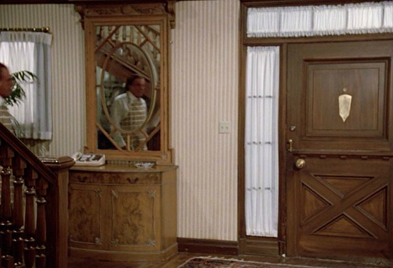Celebrity Dining: Hart to Hart TV show front door entry hall